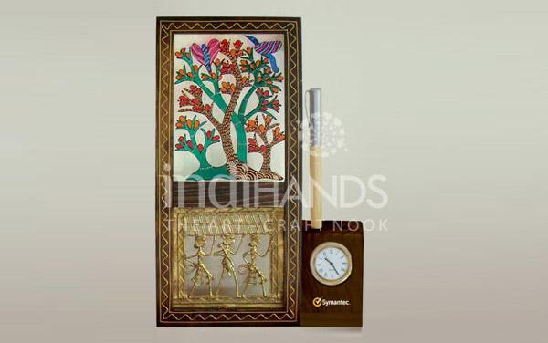 gond-tree-dhokra-desk-clock